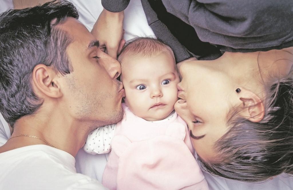 Decka sanjati sa roditeljima upoznavanje Eskort devojka