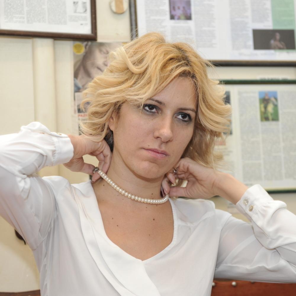 Jelena-Rasirim-noge-i-dobijem-100000-evra