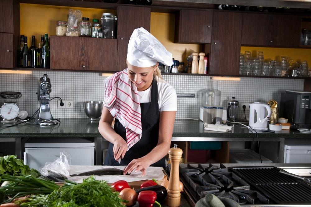 Kuvarica kuvanje kuhinja Kuvar