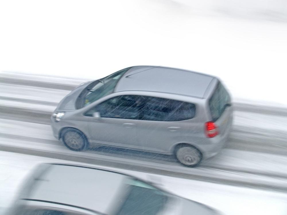 Vožnja po snegu Sneg Zima Zimska vožnja Zimski uslovi za vožnju