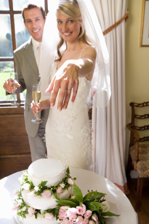 burme venčanje svadba mladenci
