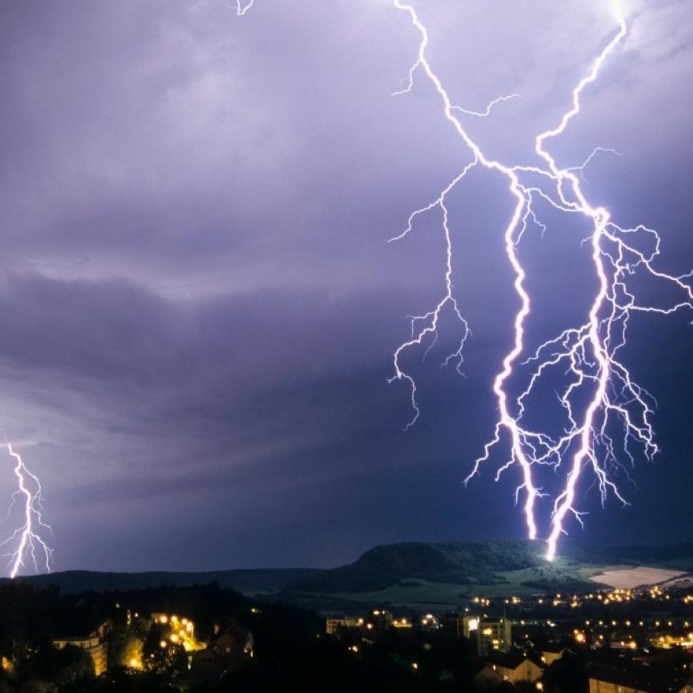Opasni-ciklon-donosi-oluju-u-Srbiju