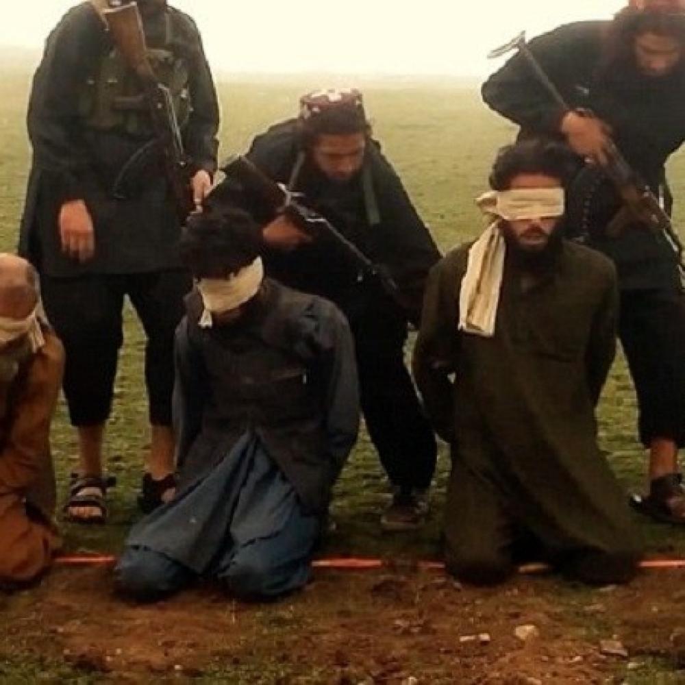 ISIS-ubija-alatom-za-varenje-bicuje-zbog-Mesija