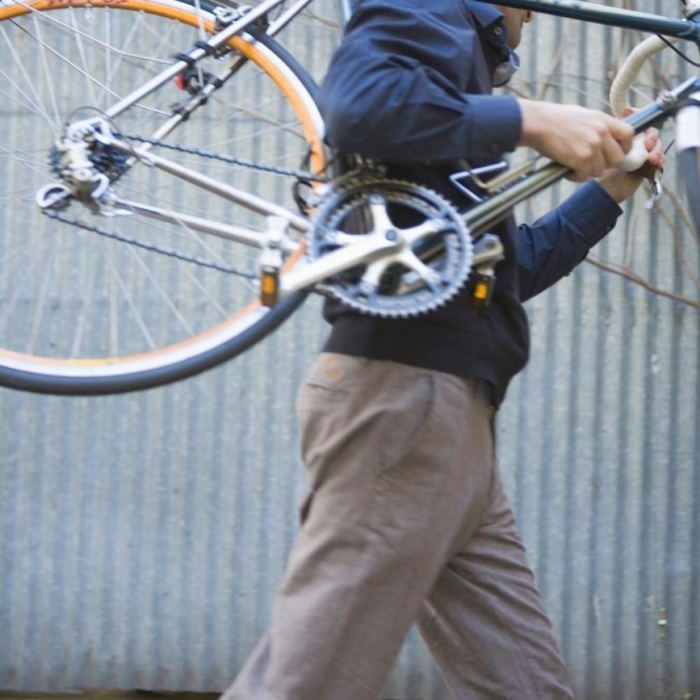 Dodiku-vratili-bicikl-koji-su-mu-ukrali-u-mladosti