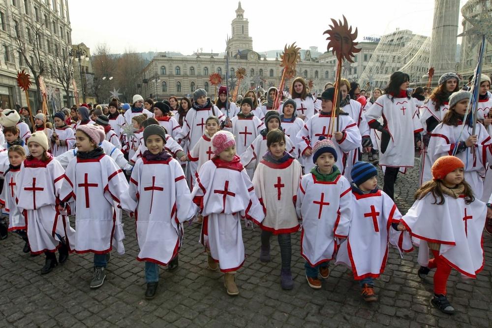 Svečane liturgije održane su u nekoliko stotina pravoslavnih hramova ...