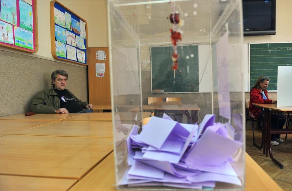 Glasanje, glasačka kutija, glasački listić, izbori