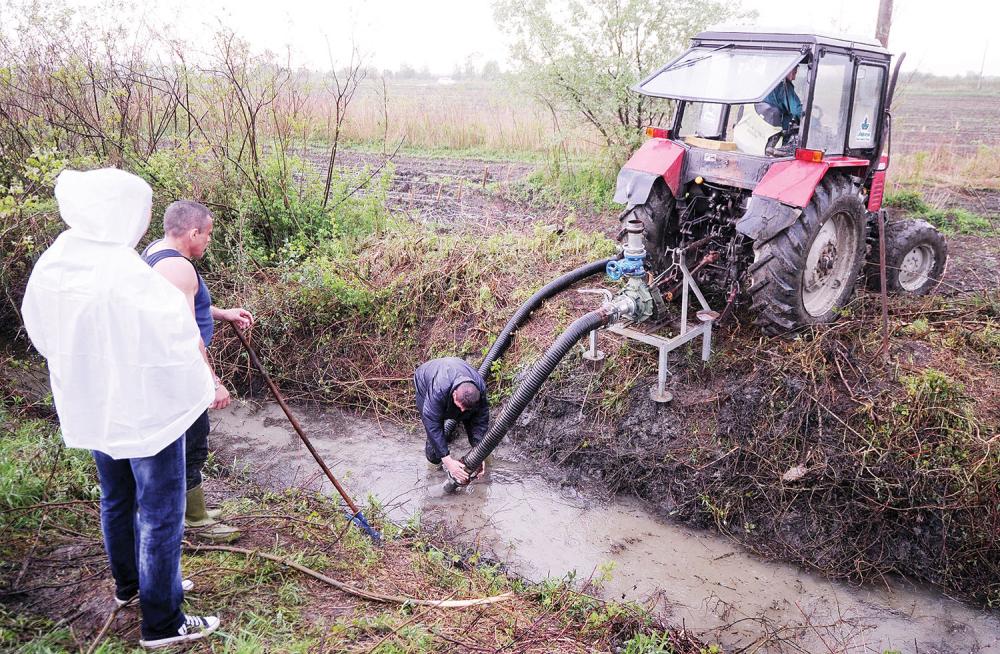 Inspektori naredili isušivanje kanala