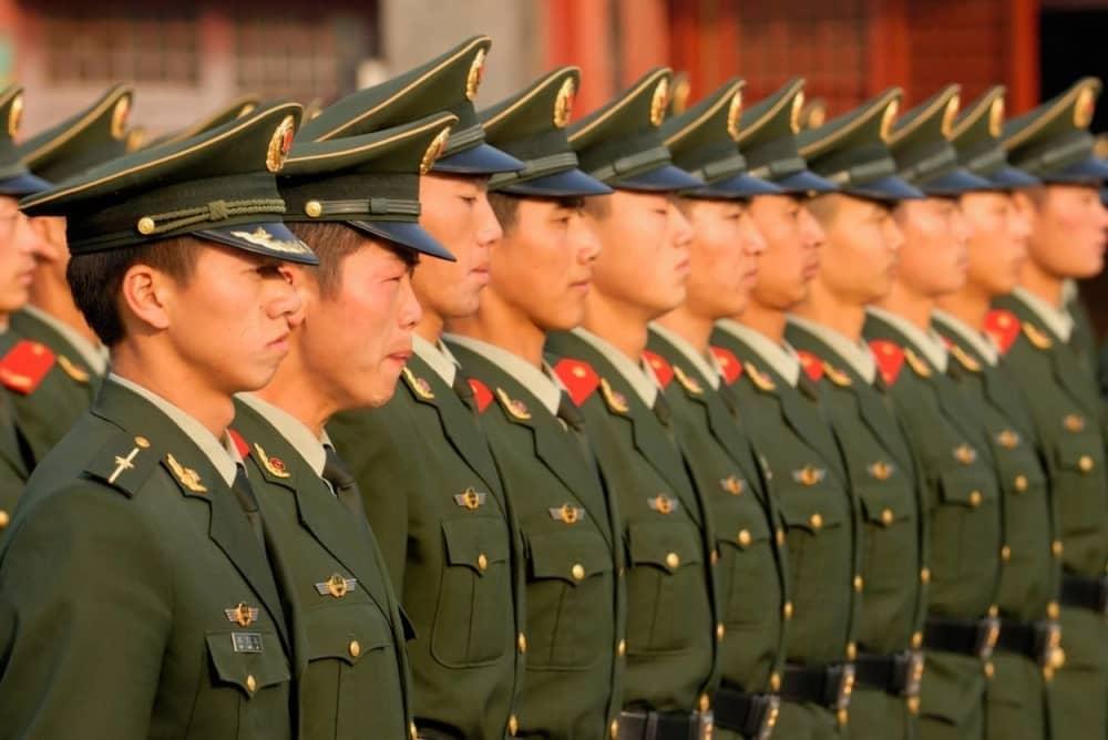 Kina, vojska