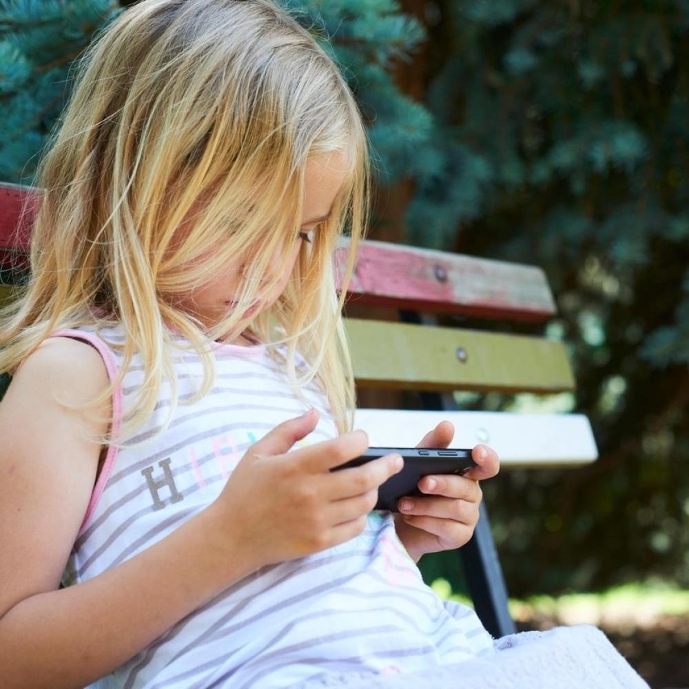 Deca-sve-depresivnija-zbog-mobilnih-telefona
