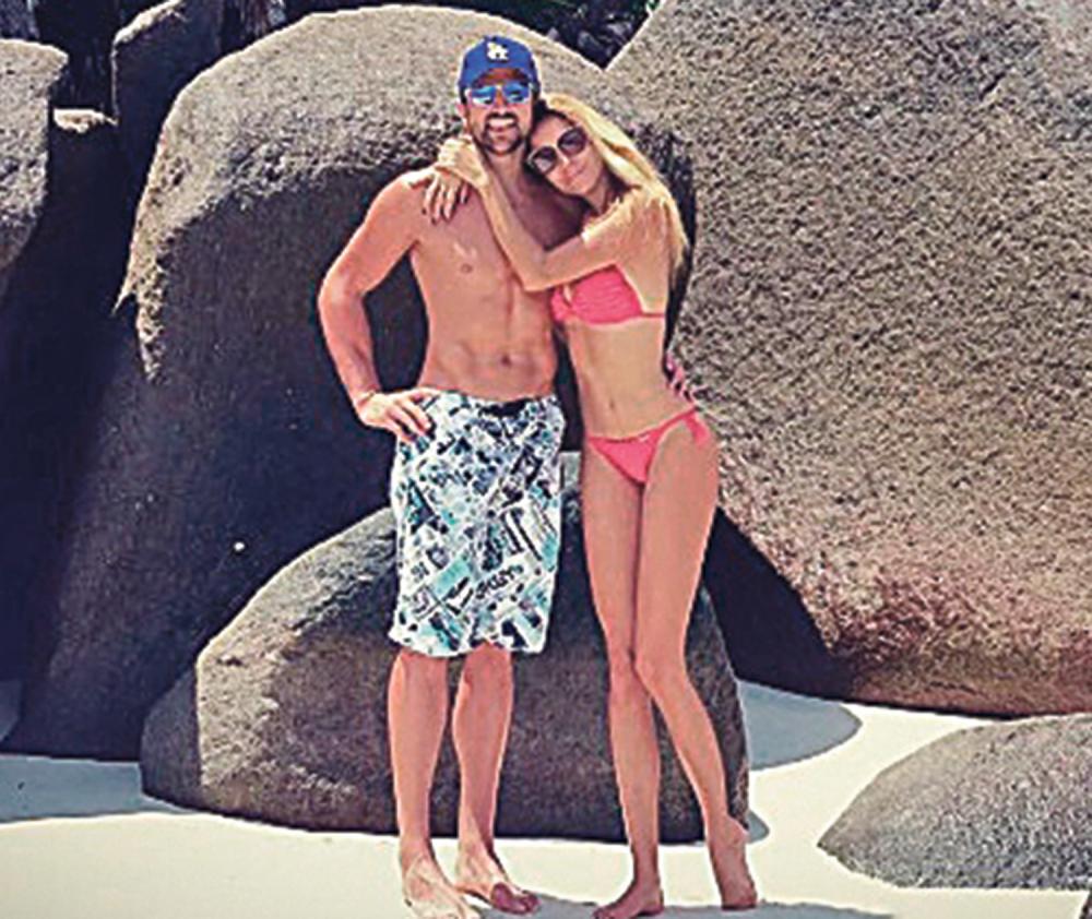 Janko i Biljana  uživaju u Tajlandu