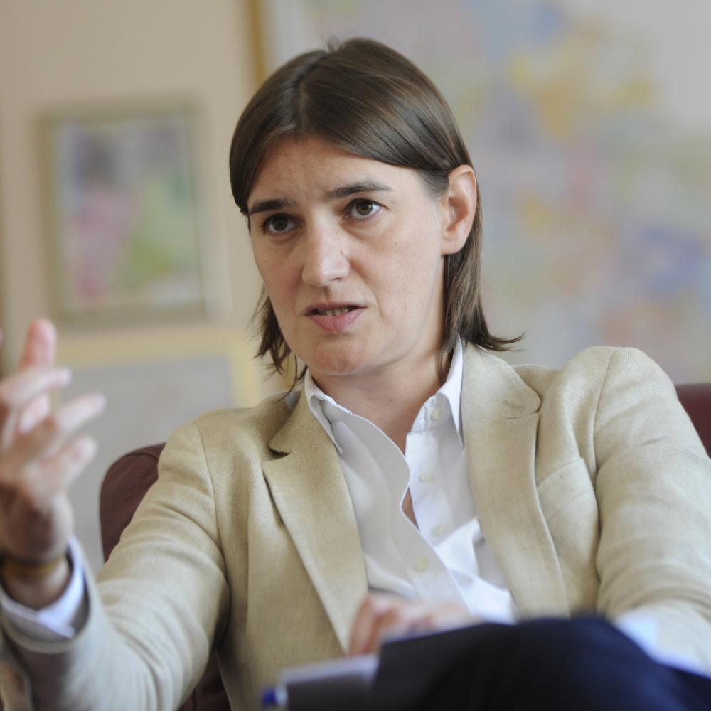 Brnabic-Iza-strajka-u-quotFijatuquot-stoji-politicki-interes