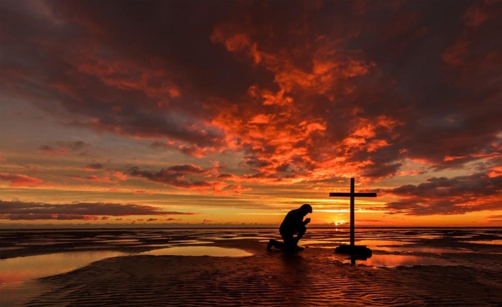 Bog molitva krst vernik pomoć božija ruka