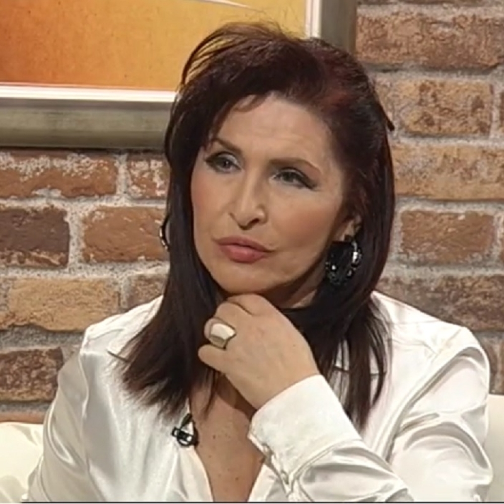 Milena-Plavsic-Morala-sam-da-pevam-da-bih-zaradila-za-spomenike