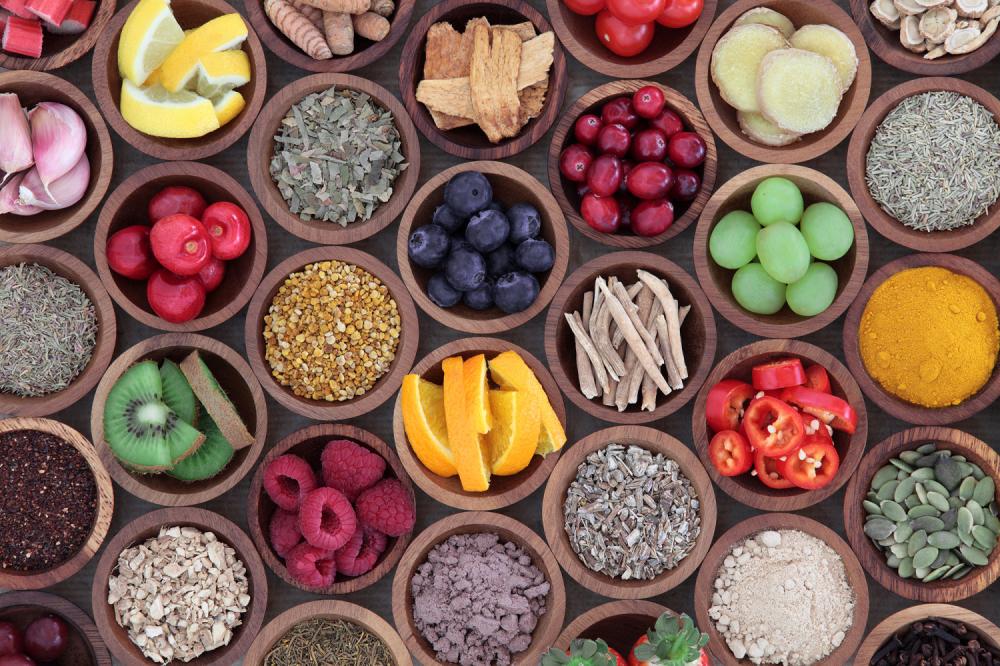 Voće vitamini korpa sa voćem zdravlje