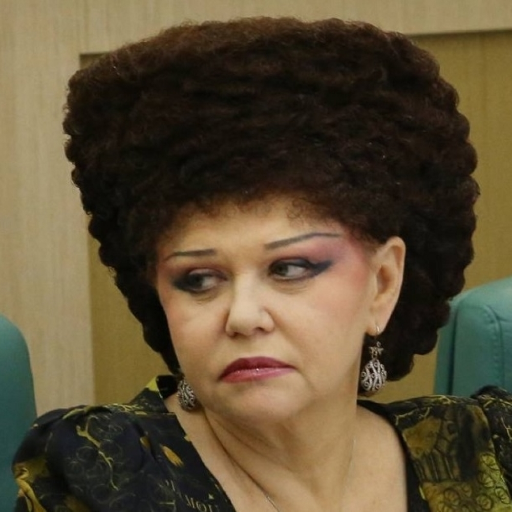 Валентина петренко без парика в молодости фото на пляже