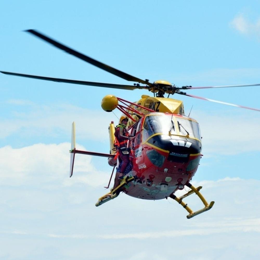 Helikopter-sleteo-nasred-terena-zbog-navijaca-kojem-je-pozlilo-VIDEO