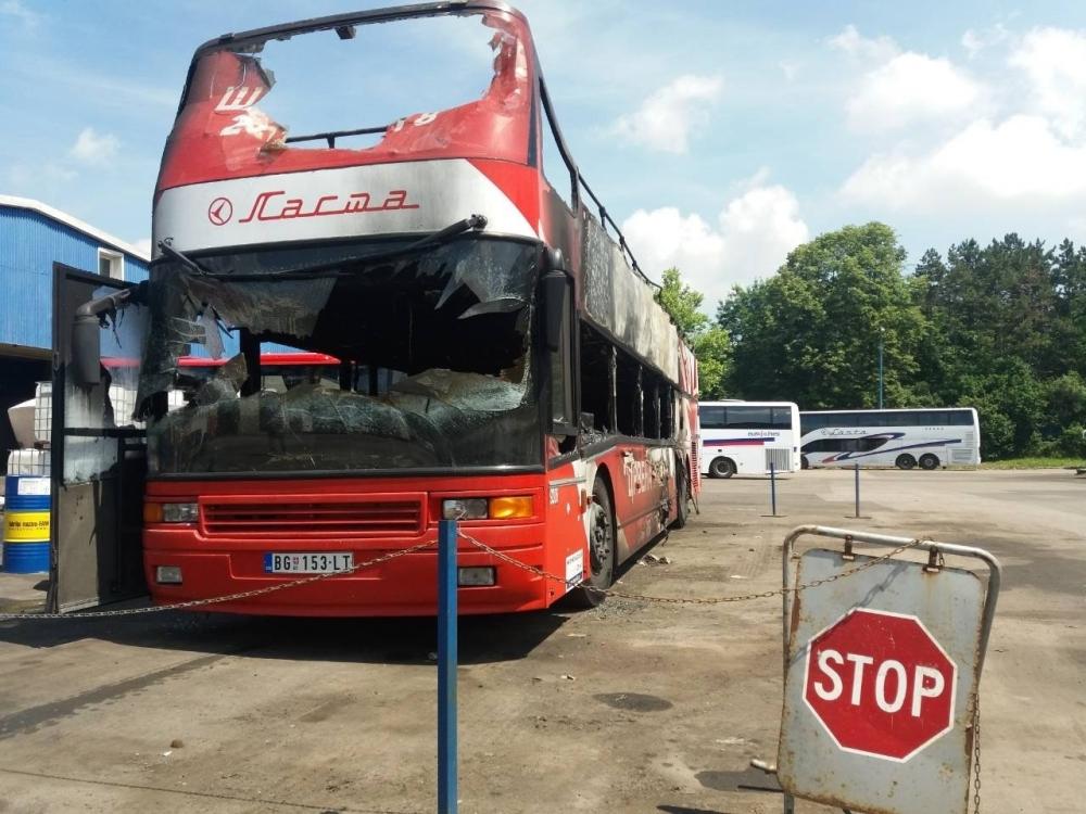 Autobus%2015,%20foto%20Alo!_1000x1000.jpg