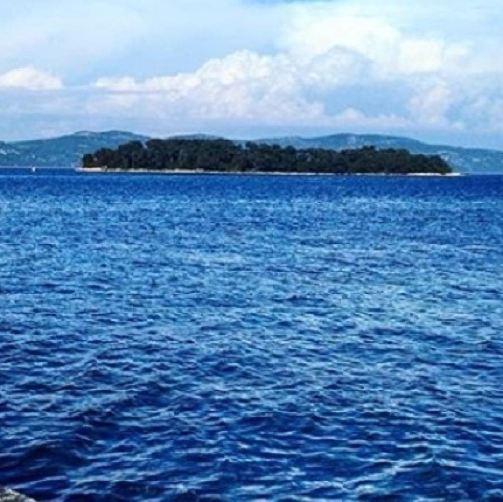 Jadransko-more-se-CRVENI-vise-niko-NIJE-BEZBEDAN
