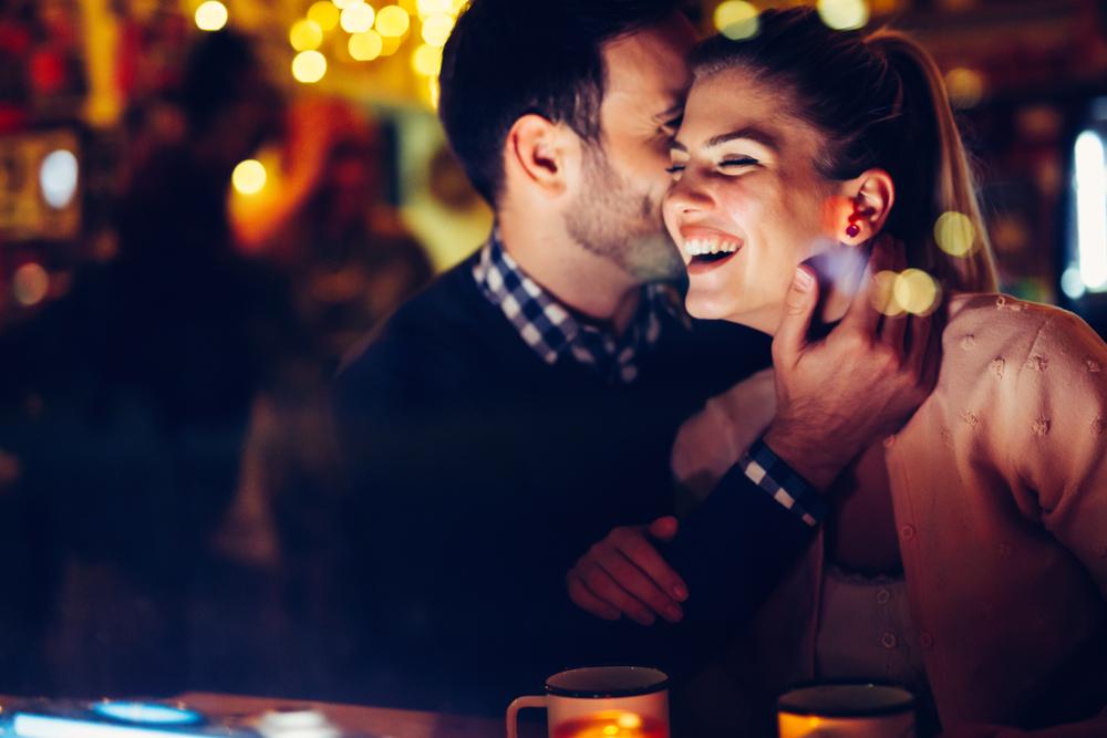 Par, muvanje, flert, ljubav, veza