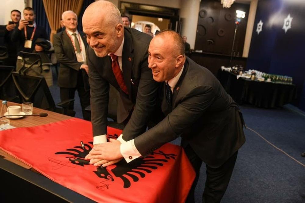 Edi Rama, Ramuš Haradinaj, Albanci