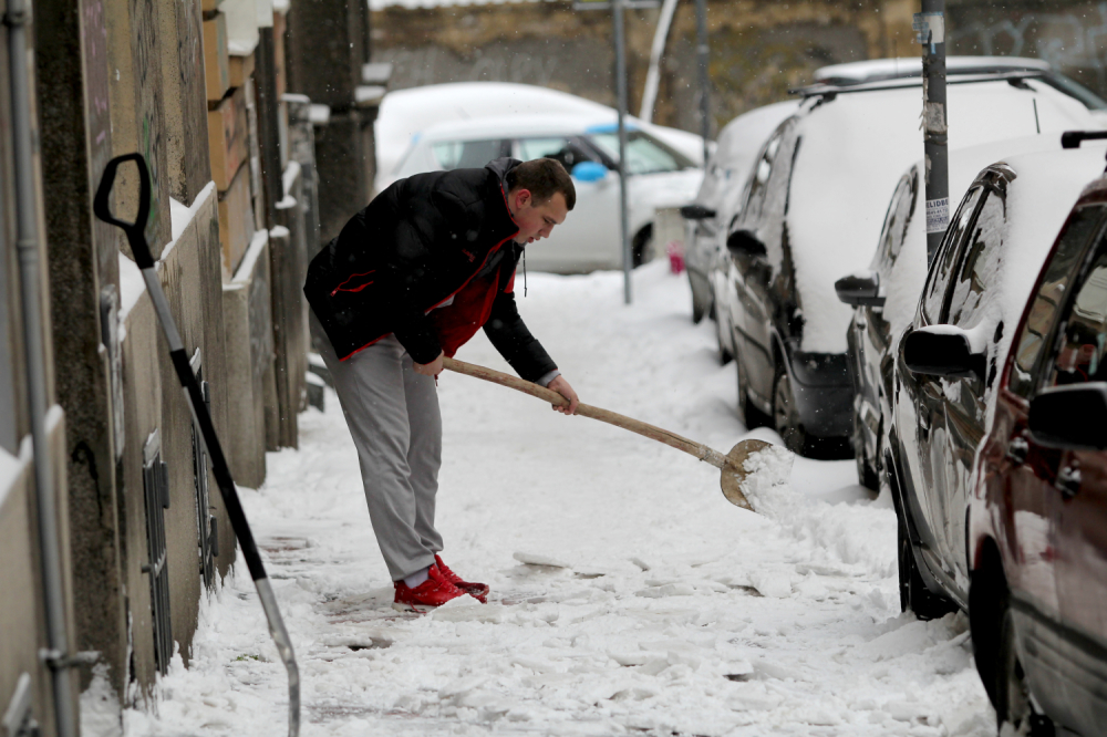 Sneg, čišćenje snega