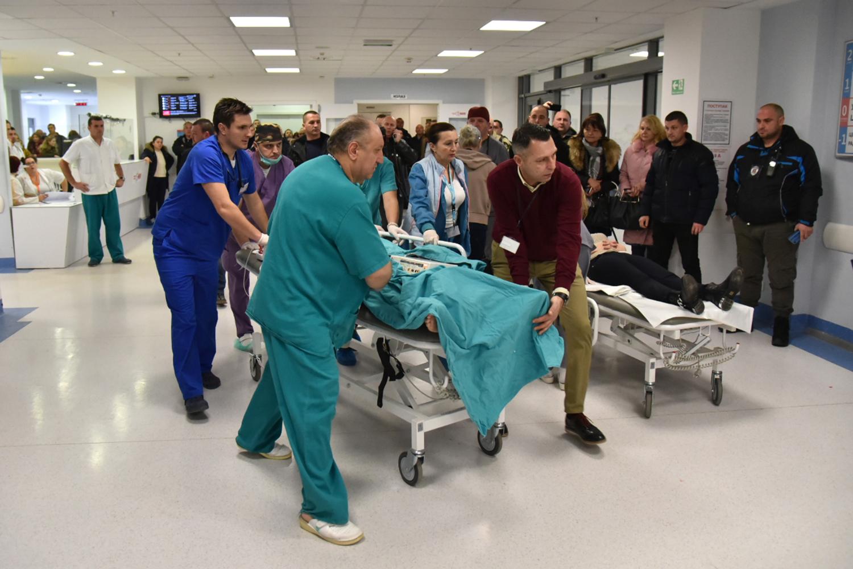 Lakše povreðena dva radnika