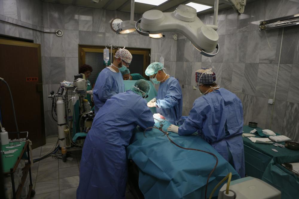 Doktor, bolnica, operacija, porođaj