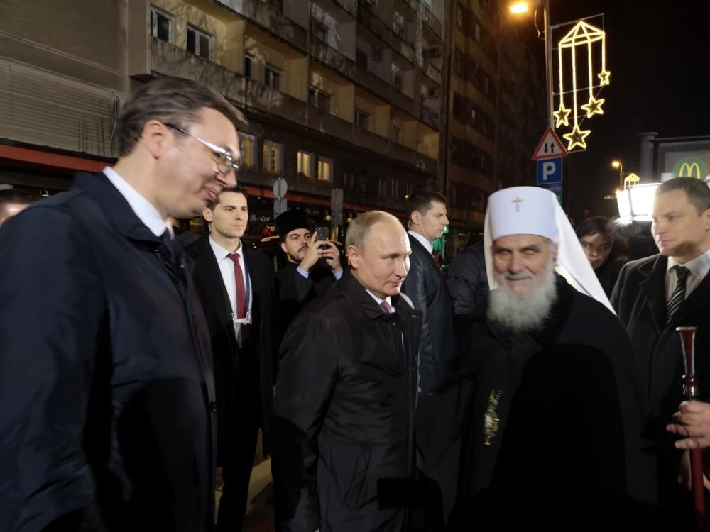 Vučić i Putin ispred Hrama Svetog Save
