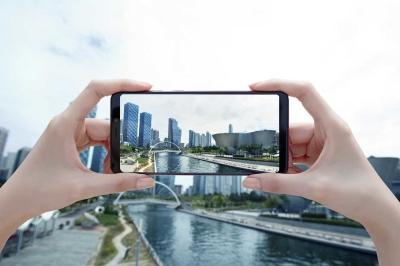 Samsung Galaxy A7 and A9