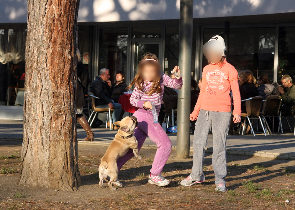 Deca, park
