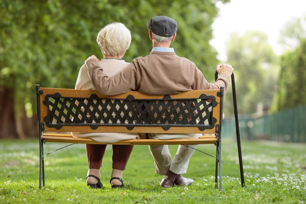 Par, starci, bab, deda, penzija