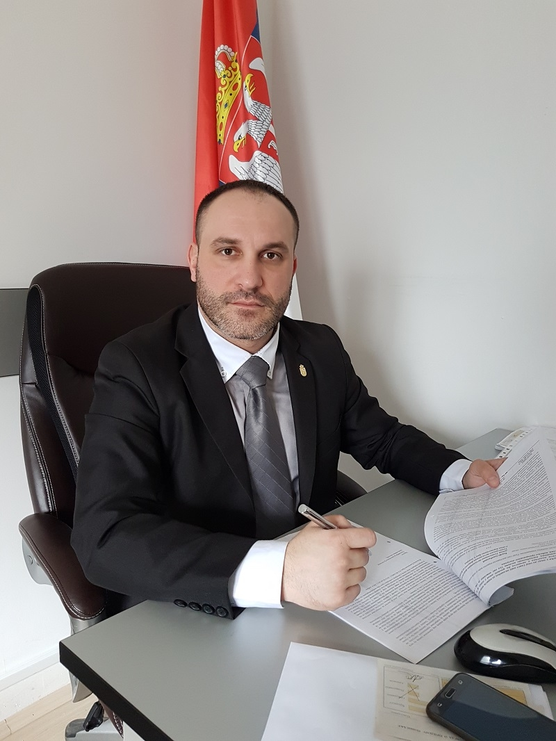 Ispitati da li je Aleksandar Obradoviæ tajne vojne podatke iz Krušika prosleðivao stranim državama ili organizacijama