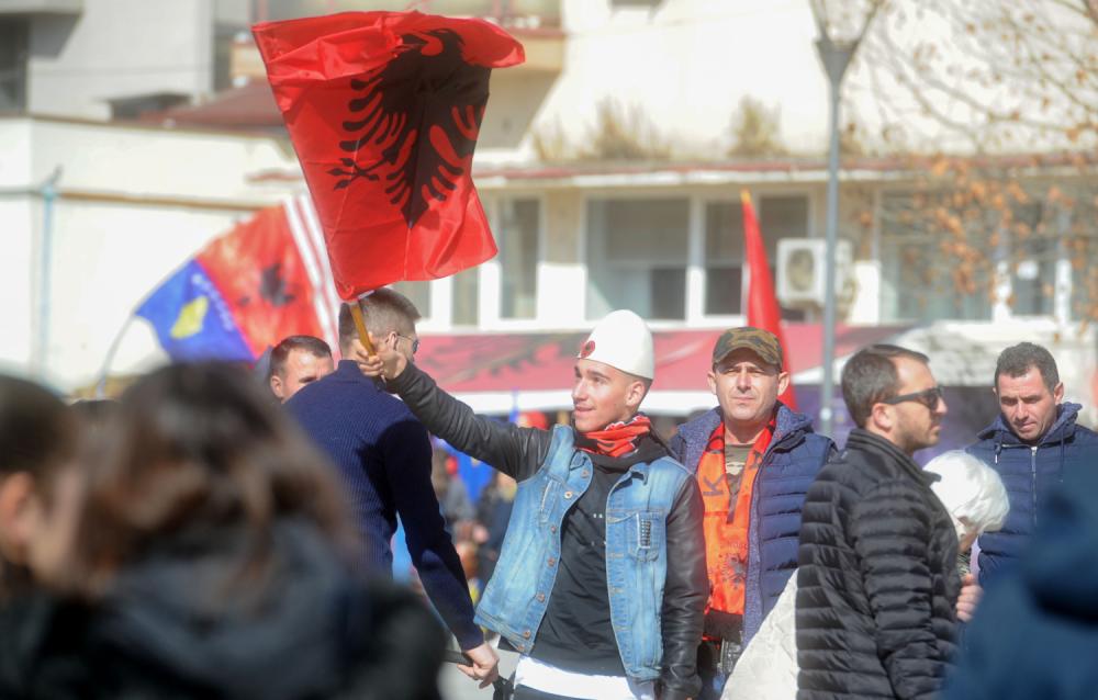 Priština, Albanci, Kosovo