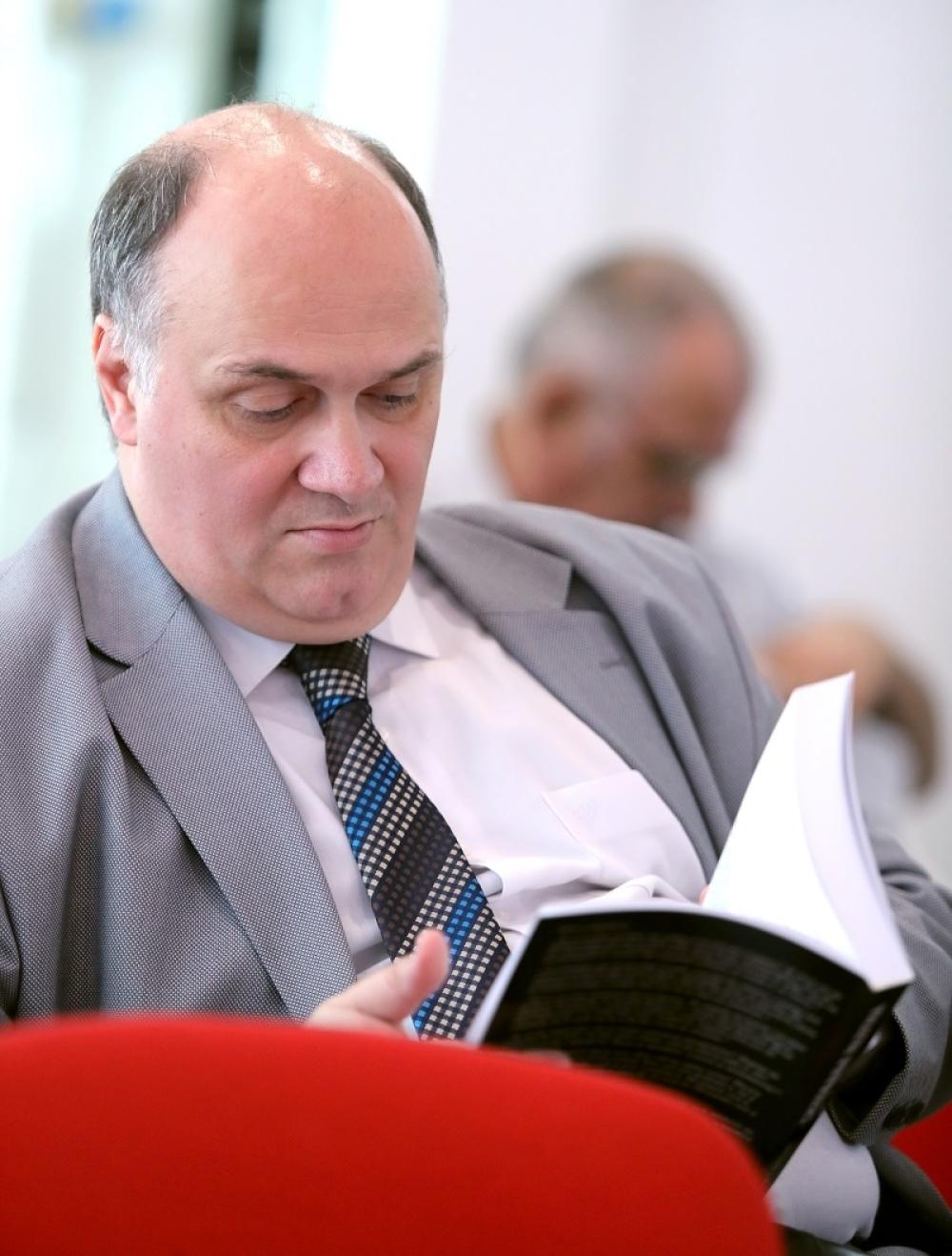 Političar Uroš Šuvaković je takođe bio na promociji knjige
