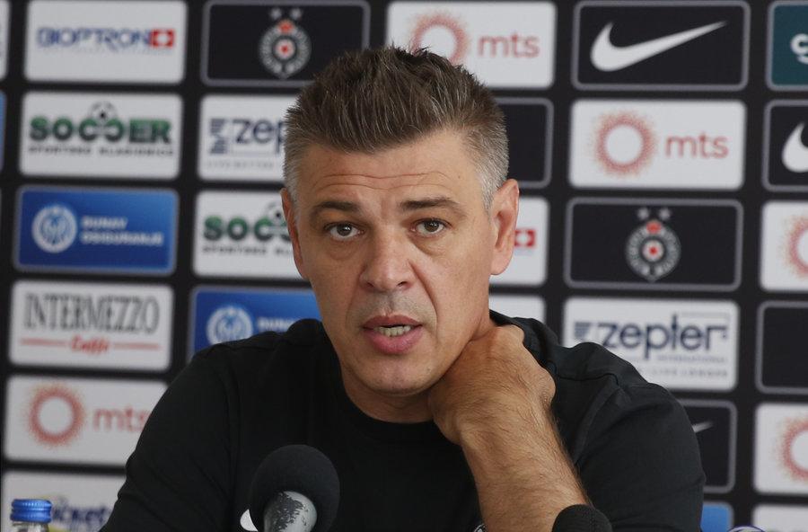 Manèester junajted ostao bez najboljeg igraèa, i to pred dolazak u Beograd!