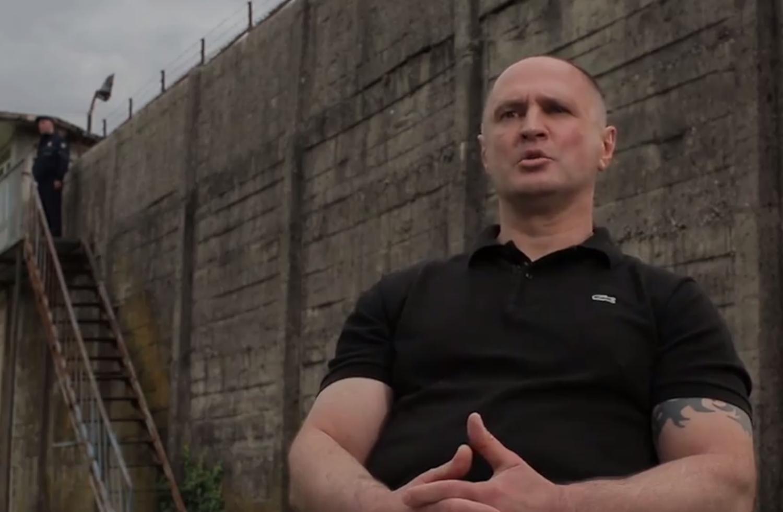 Duško Martinoviæ stao pred kamere i raskrinkao sopstvenu nemoguæu misiju! Ovo svet video nije! (FOTO/VIDEO)