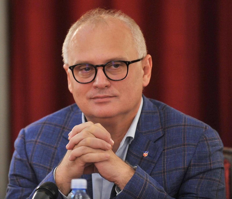 Slaveæi slobodu, treba da slavimo umetnost! Goran Vesiæ najavio spektakularni manifestaciju za Beograðane koja se ne propušta!
