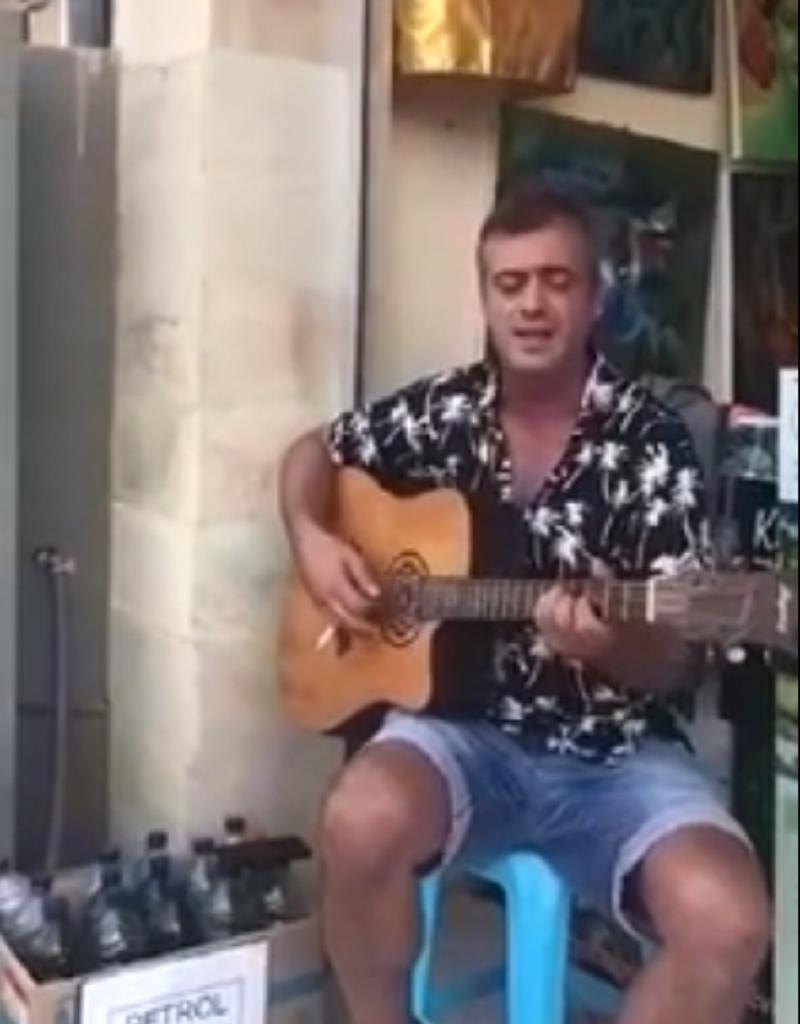 Pogledajte gde se zabavlja Trifunoviæ! (VIDEO)