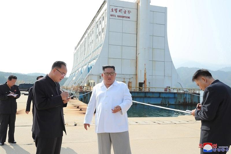 Kim pobesneo u turistièkom raju! Naredio da se demolira pola planine, a razlog æe razbesneti moæne ljude!