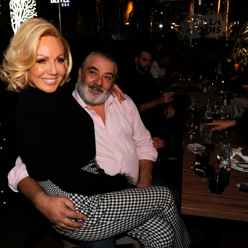 Otkriven tajni biznis Brene i Bobe: Evo koliko su zaradili u prošloj  godini! (FOTO/VIDEO) - alo.rs