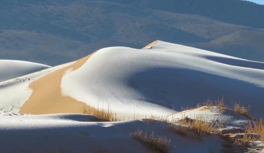 (VIDEO) Prizor koji se ne viđa često: U Sahari pao snijeg!