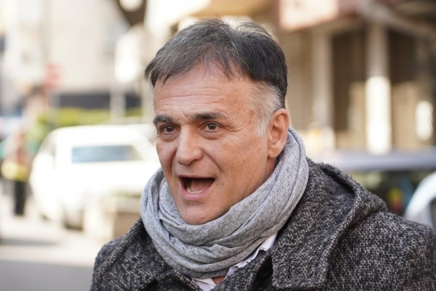 Branislav Lečić ni ne može da se seti ko je Merima Isaković i zbog čega ga  optužuje?! - alo.rs